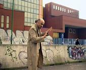 Stefania Galegati, Orizzonte assoluto dell'evento, 2001, video, 8'